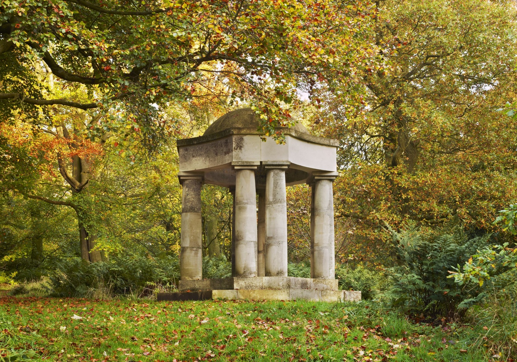 Ian Hamilton Finlay: Temple Of Apollo